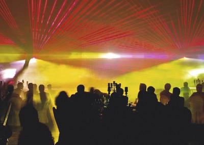 Lasershow zur Hochzeit im Saal